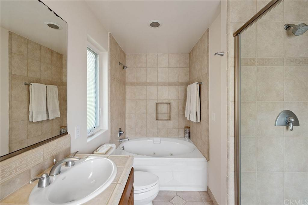 38. Residential for Sale at N Juanita Avenue Redondo Beach, California 90277 United States