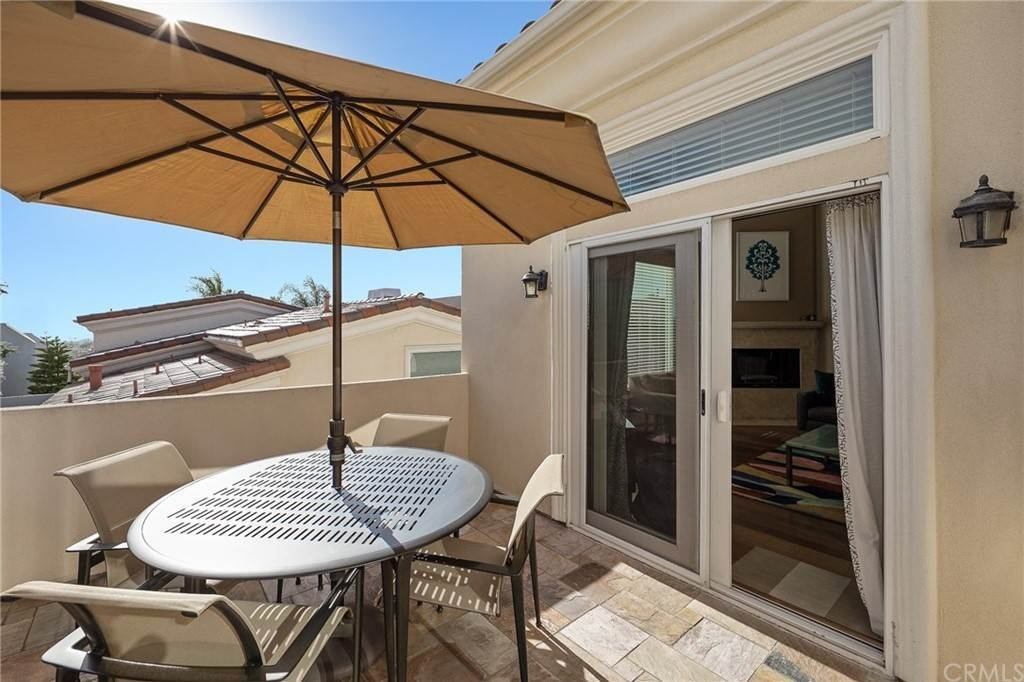 4. Residential for Sale at N Juanita Avenue Redondo Beach, California 90277 United States