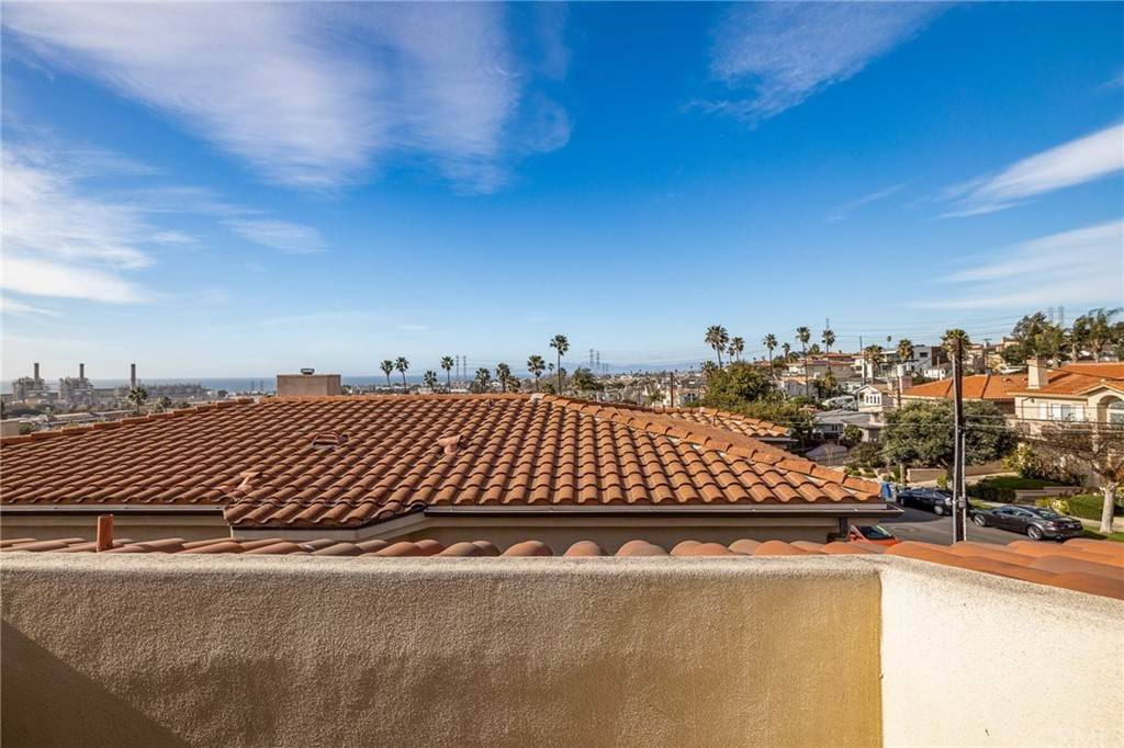 45. Residential for Sale at N Juanita Avenue Redondo Beach, California 90277 United States