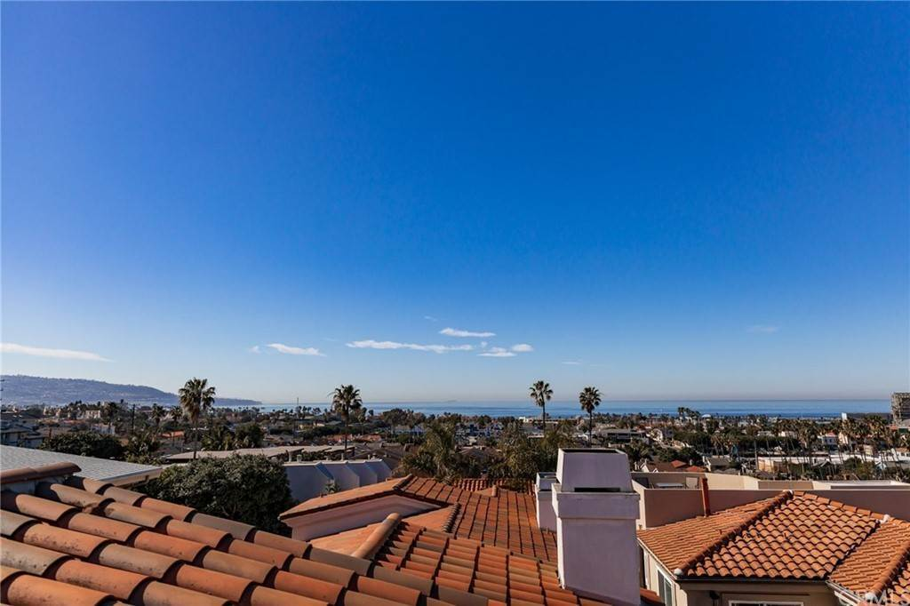 47. Residential for Sale at N Juanita Avenue Redondo Beach, California 90277 United States