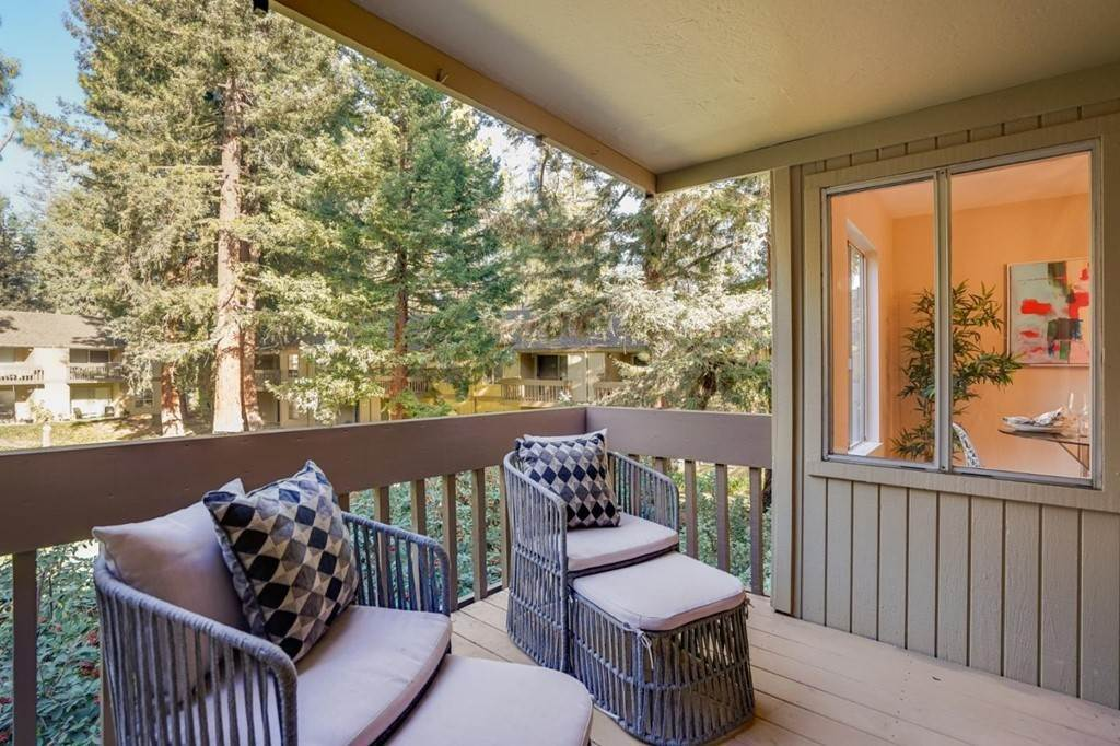 11. Residential for Sale at Cypress Point Drive Mountain View, California 94043 United States