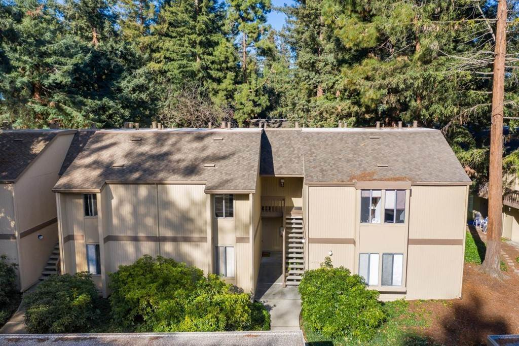 19. Residential for Sale at Cypress Point Drive Mountain View, California 94043 United States
