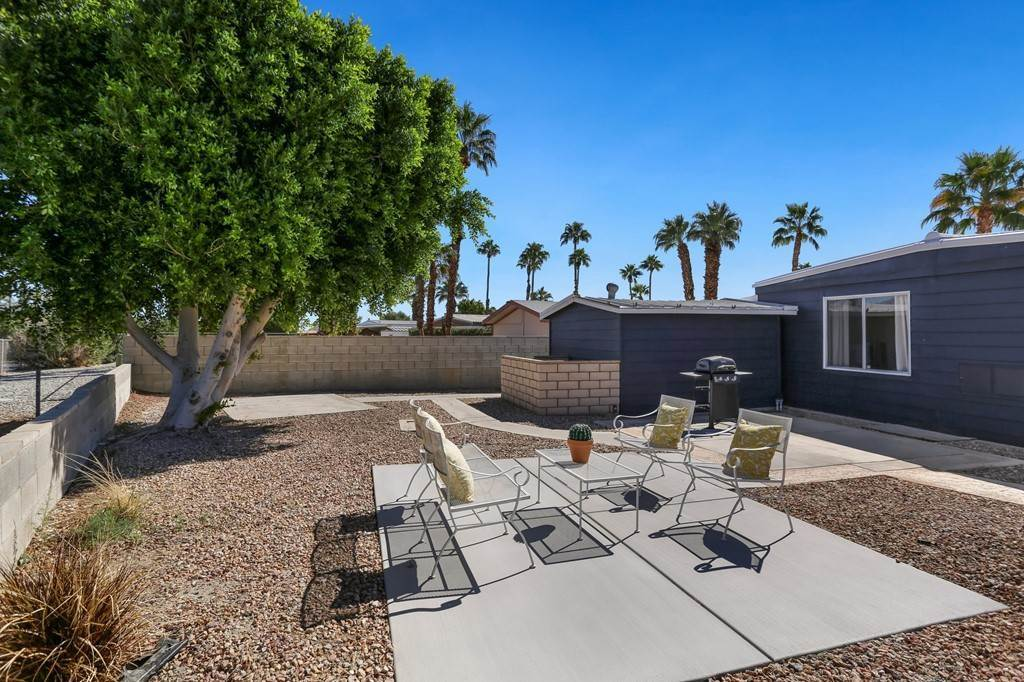 35. Single Family Homes for Sale at Desert Greens Drive E Palm Desert, California 92260 United States