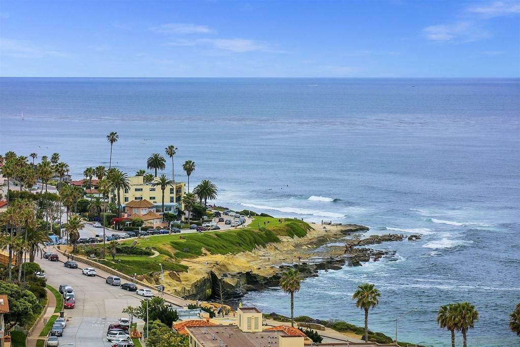Residential Lease for Sale at Coast Blvd La Jolla, California 92037 United States