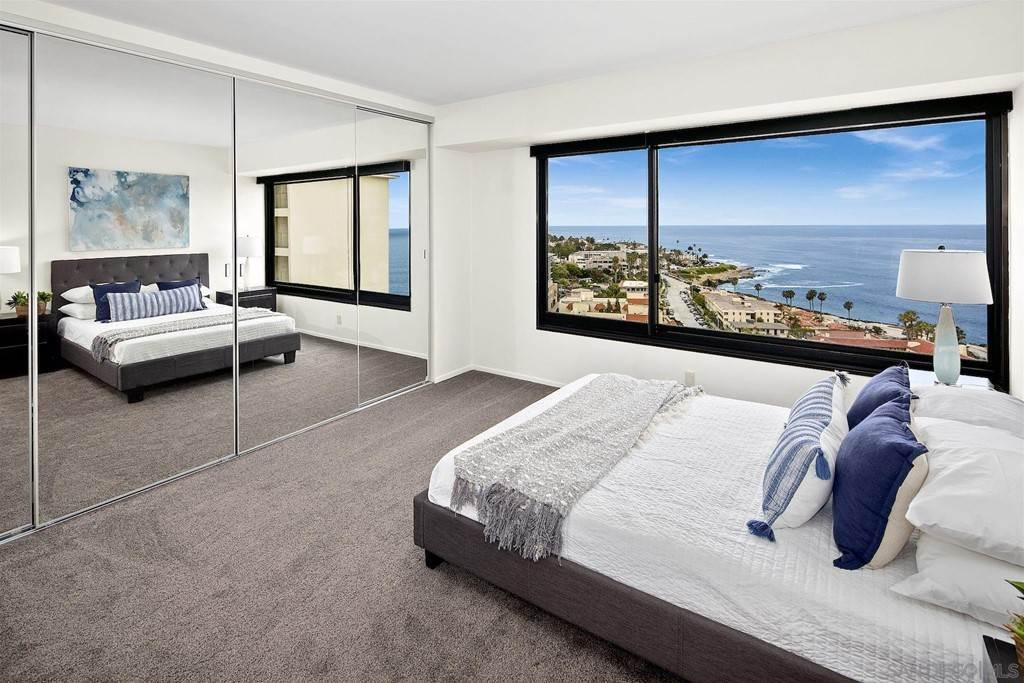 23. Residential Lease for Sale at Coast Blvd La Jolla, California 92037 United States