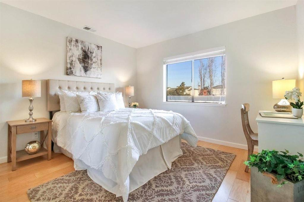 14. Residential for Sale at Sea Spray Lane Foster City, California 94404 United States