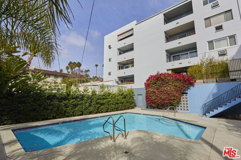 29. Residential for Sale at Hollywood Boulevard Los Angeles, California 90046 United States
