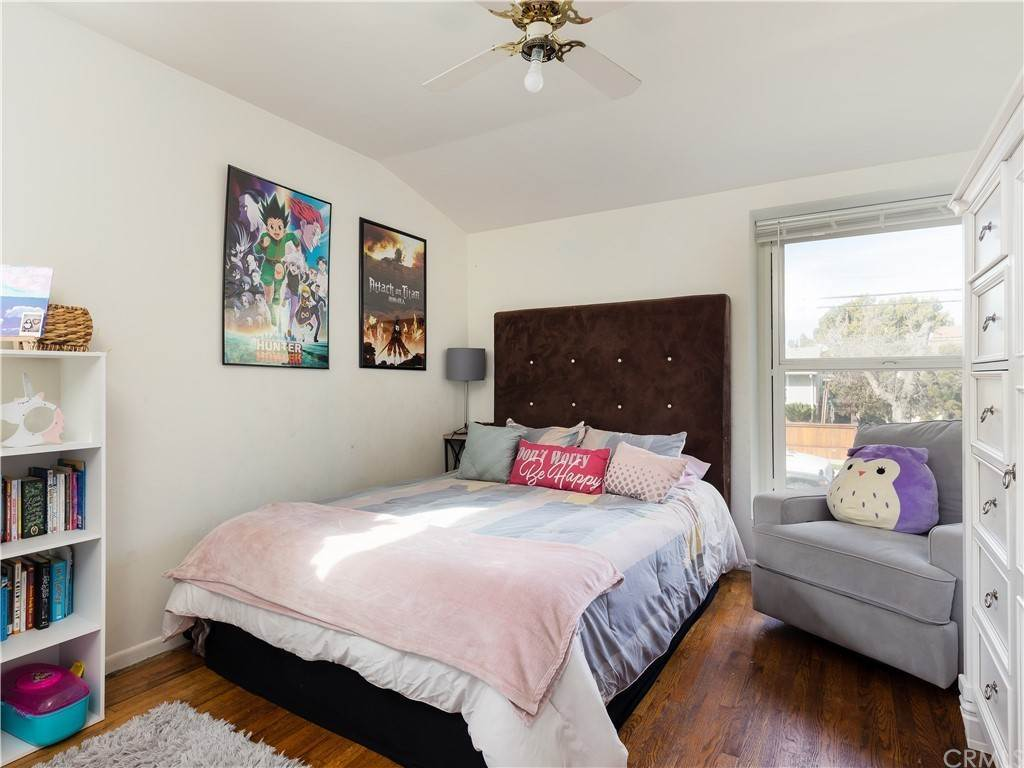 17. Residential for Sale at 23rd Street Manhattan Beach, California 90266 United States