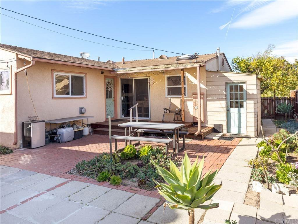 23. Residential for Sale at 23rd Street Manhattan Beach, California 90266 United States