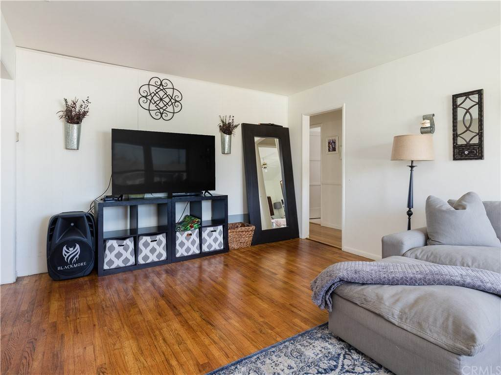 6. Residential for Sale at 23rd Street Manhattan Beach, California 90266 United States