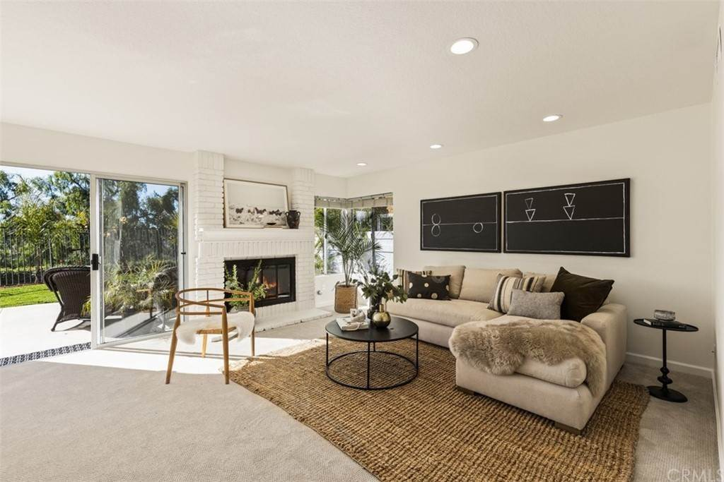 12. Residential for Sale at Danforth Avenue Laguna Niguel, California 92677 United States