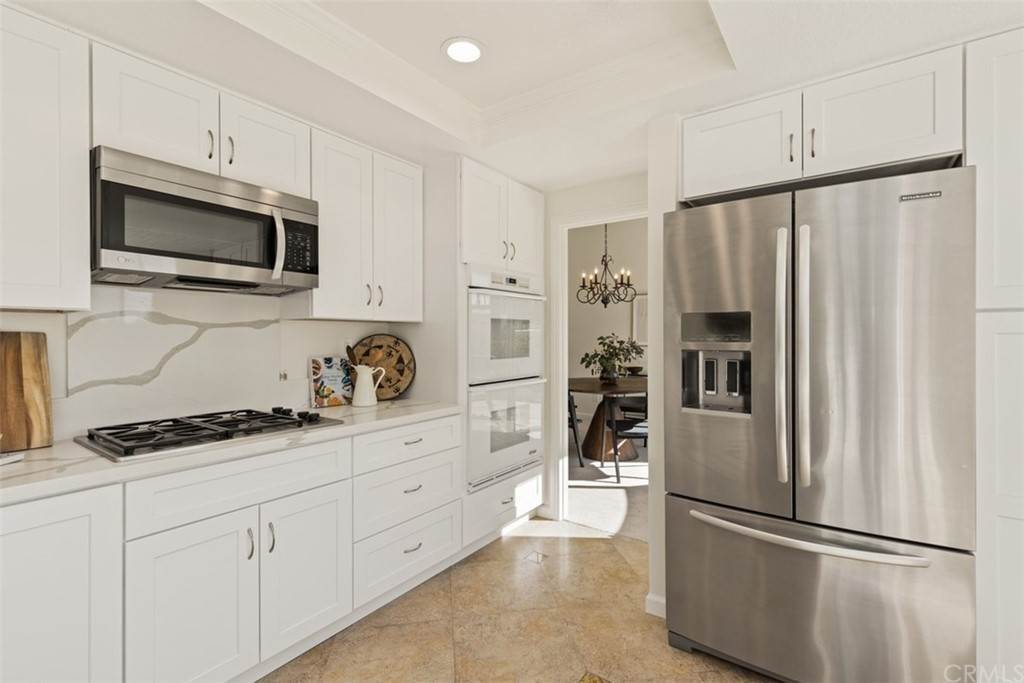 18. Residential for Sale at Danforth Avenue Laguna Niguel, California 92677 United States