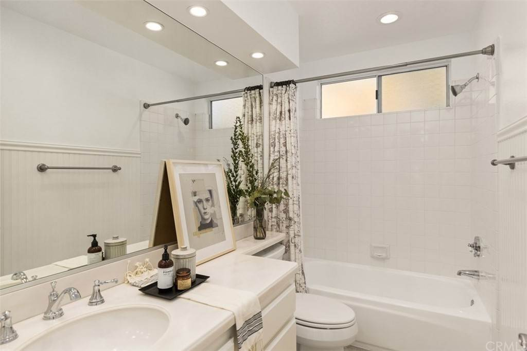 20. Residential for Sale at Danforth Avenue Laguna Niguel, California 92677 United States