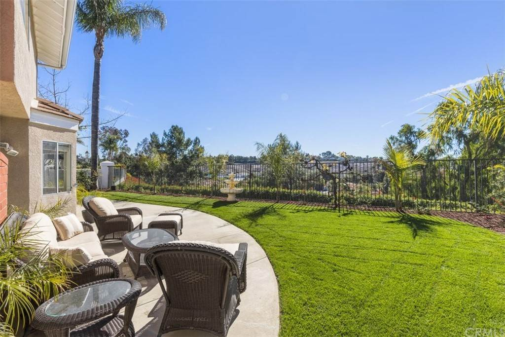 33. Residential for Sale at Danforth Avenue Laguna Niguel, California 92677 United States