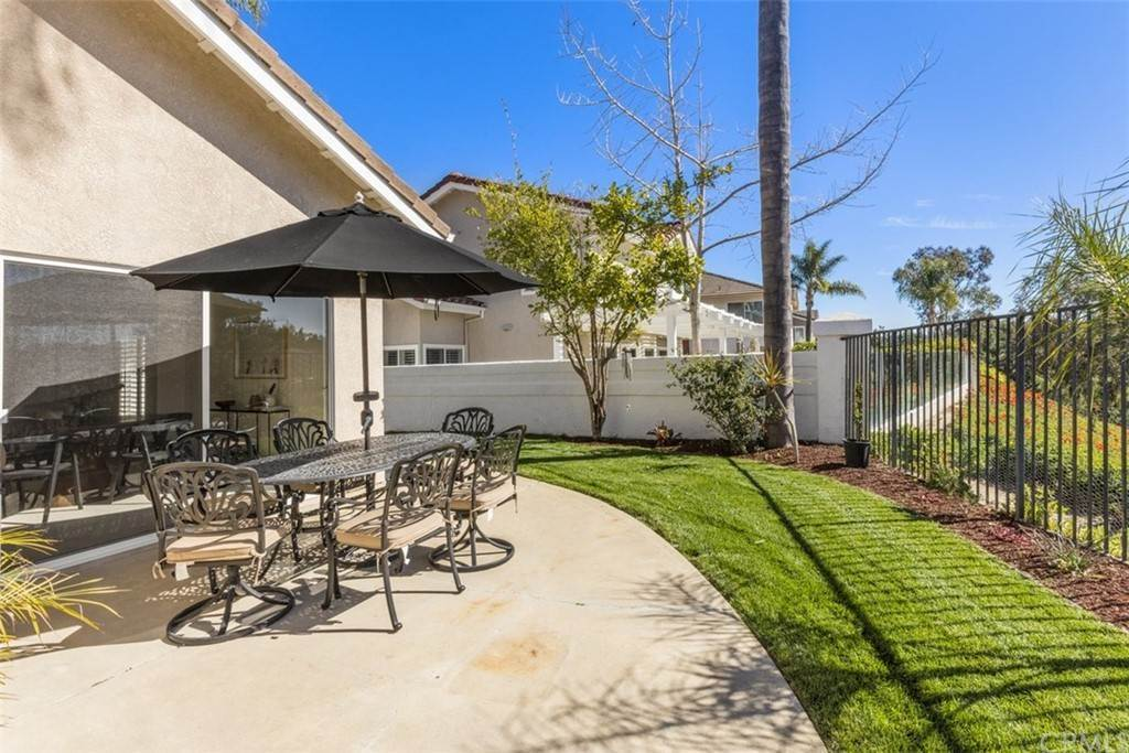 34. Residential for Sale at Danforth Avenue Laguna Niguel, California 92677 United States