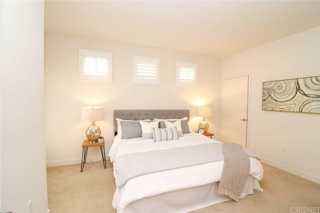 29. Residential for Sale at S Virgil Avenue Los Angeles, California 90020 United States