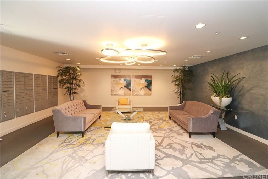 6. Residential for Sale at S Virgil Avenue Los Angeles, California 90020 United States