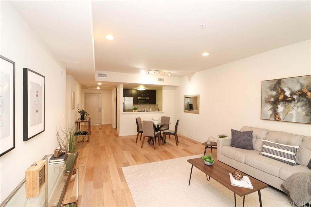 7. Residential for Sale at S Virgil Avenue Los Angeles, California 90020 United States