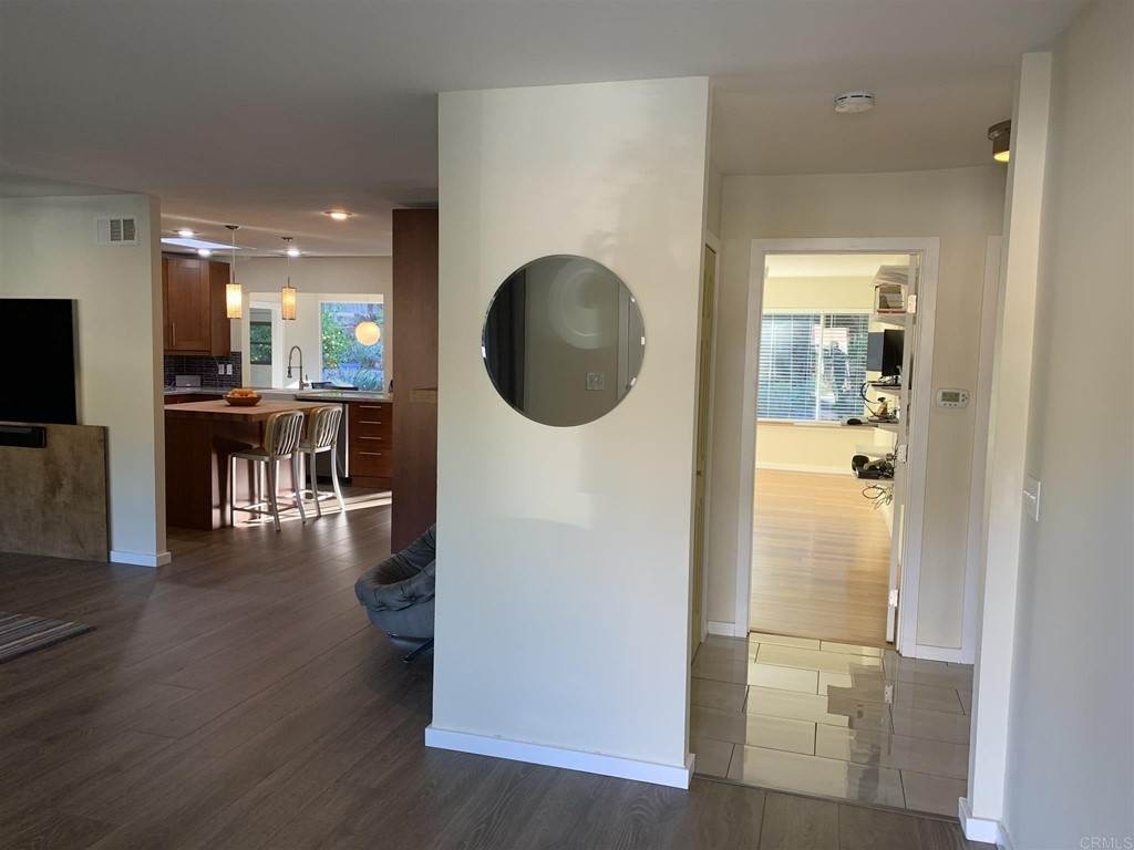 4. Residential for Sale at Del Diablo Lane San Diego, California 92129 United States