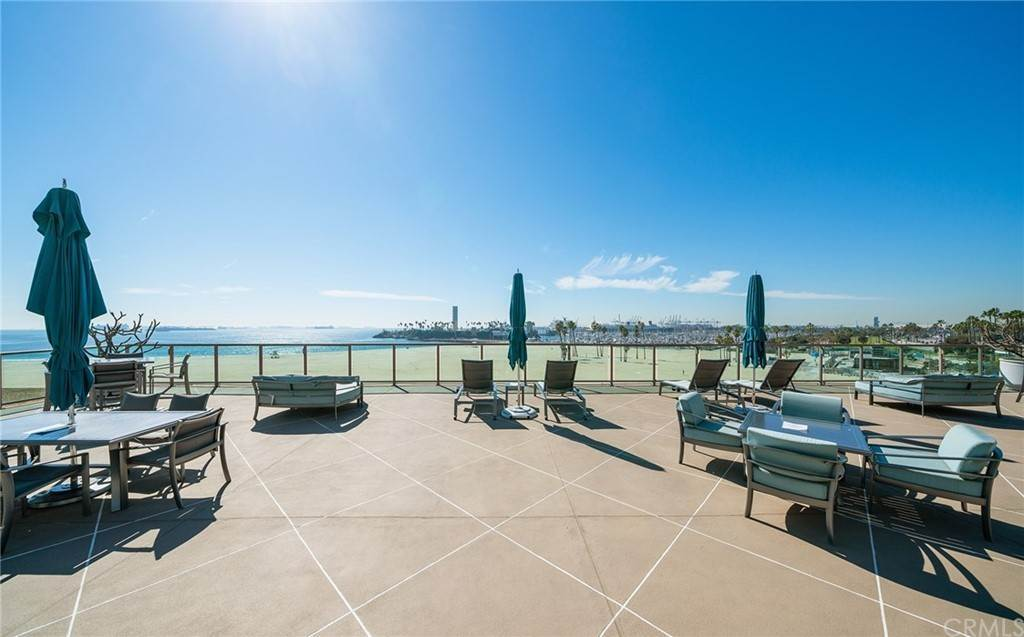 30. Residential for Sale at E Ocean Boulevard Long Beach, California 90802 United States