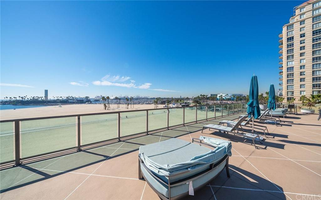 38. Residential for Sale at E Ocean Boulevard Long Beach, California 90802 United States