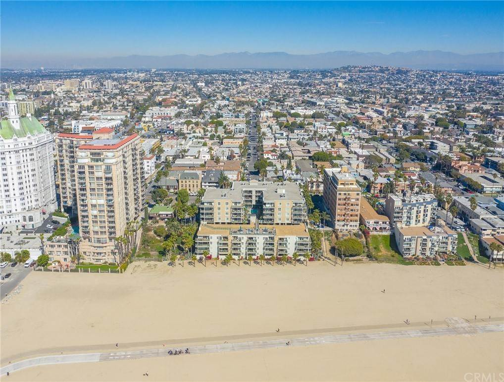 49. Residential for Sale at E Ocean Boulevard Long Beach, California 90802 United States