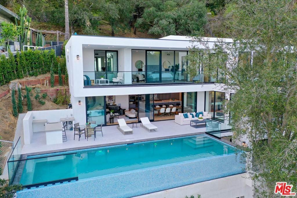 3. Residential for Sale at Multiview Drive Los Angeles, California 90068 United States