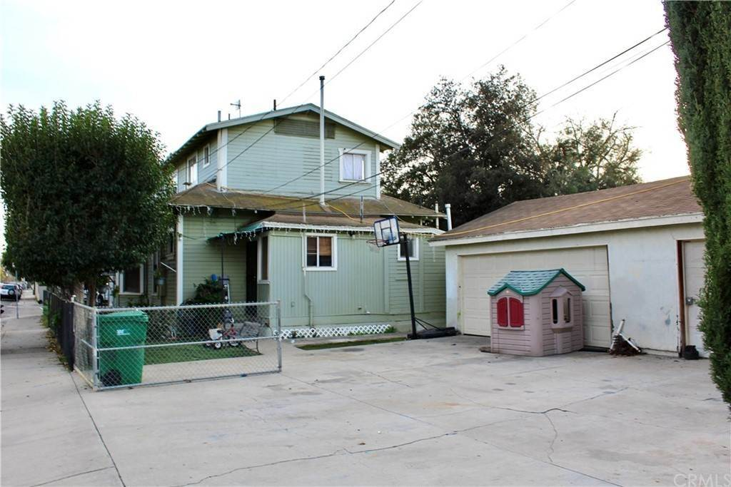 2. Residential Income for Sale at E Berkeley Street Santa Ana, California 92707 United States