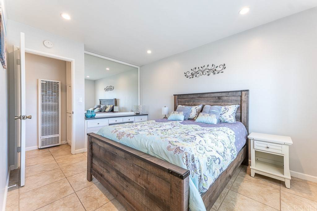 15. Residential for Sale at Sandyland Road Carpinteria, California 93013 United States