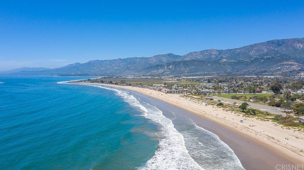 26. Residential for Sale at Sandyland Road Carpinteria, California 93013 United States