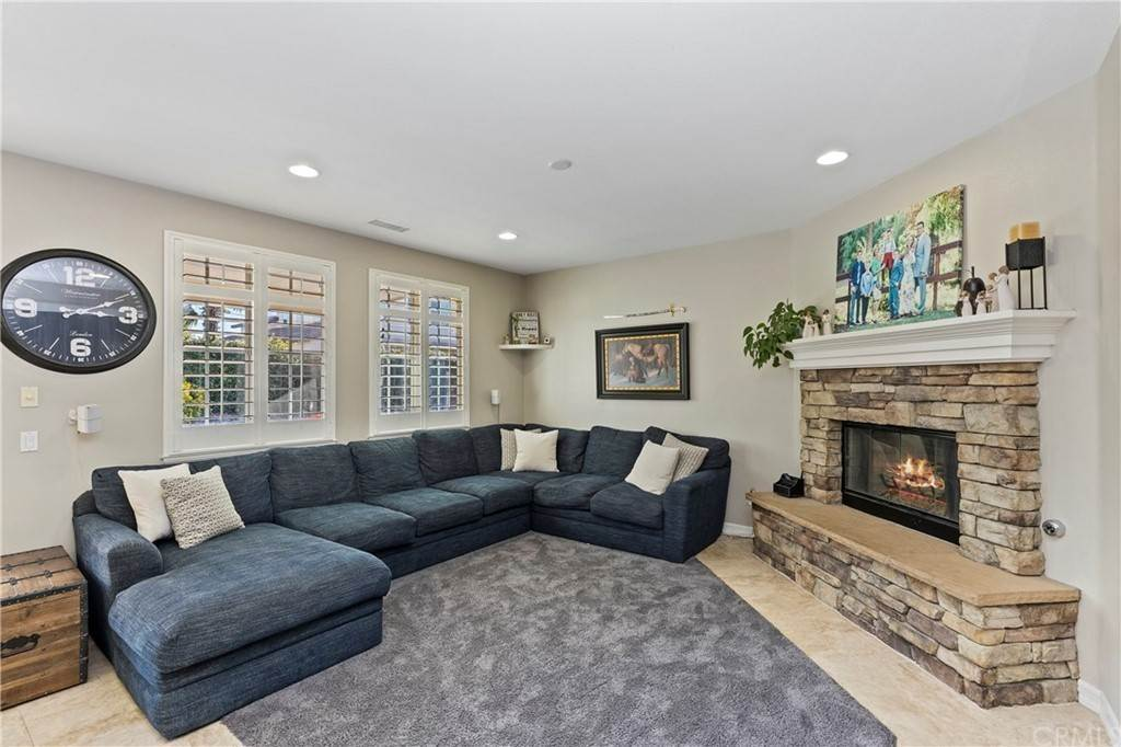 14. Residential for Sale at Hunter Temecula, California 92592 United States