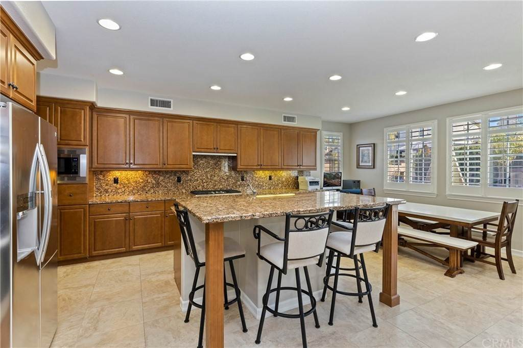 17. Residential for Sale at Hunter Temecula, California 92592 United States