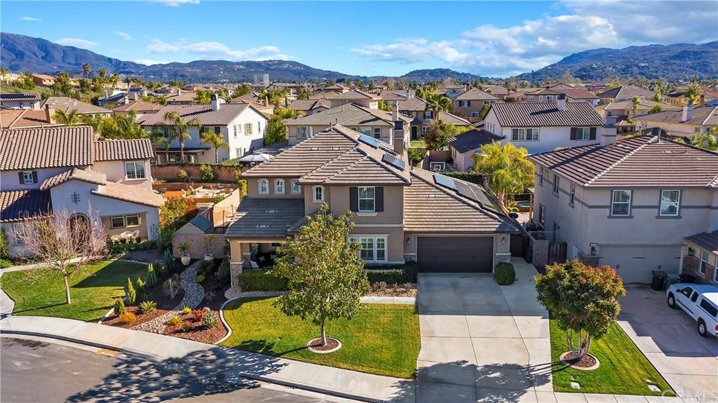 2. Residential for Sale at Hunter Temecula, California 92592 United States