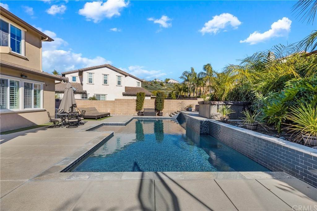 35. Residential for Sale at Hunter Temecula, California 92592 United States