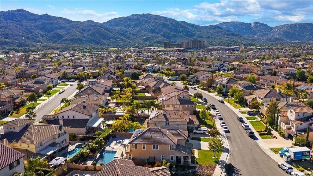 47. Residential for Sale at Hunter Temecula, California 92592 United States