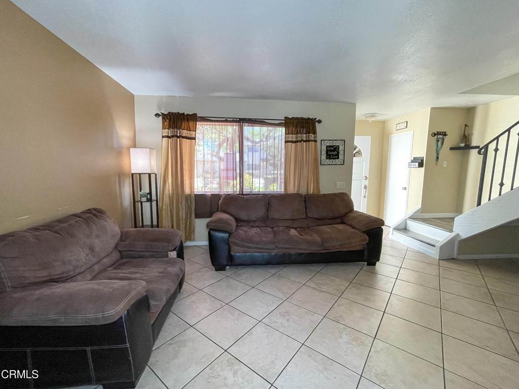4. Residential for Sale at Cheyenne Way Oxnard, California 93033 United States