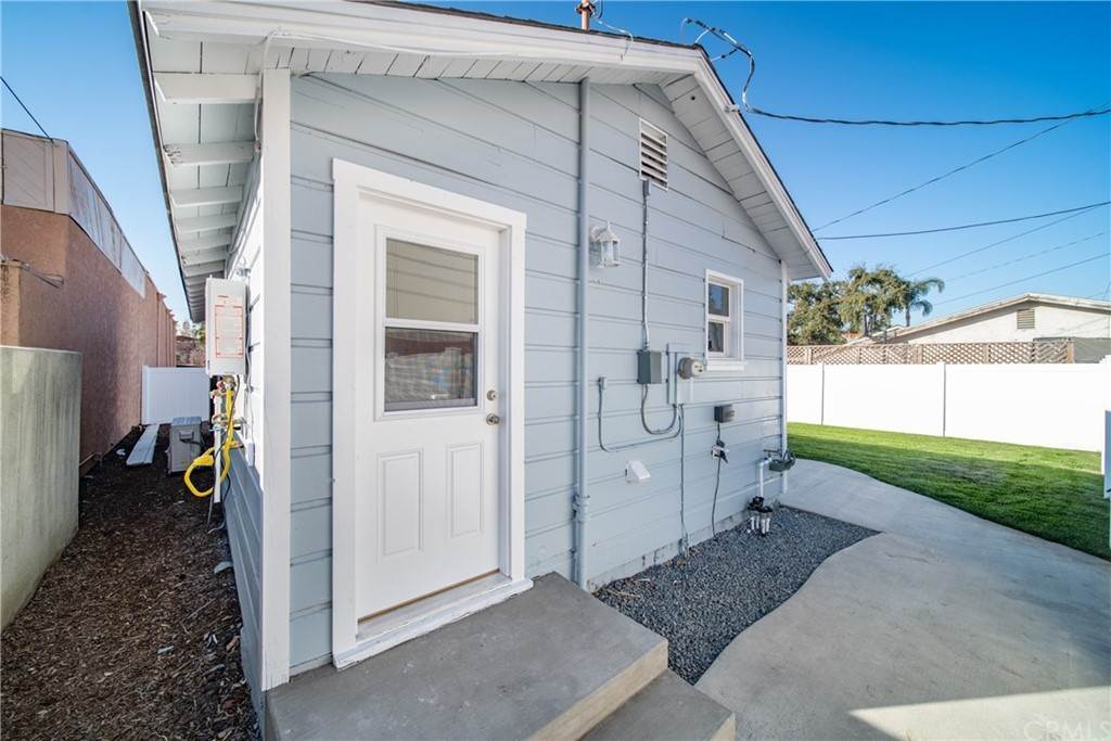 33. Residential for Sale at W 1st Street San Dimas, California 91773 United States