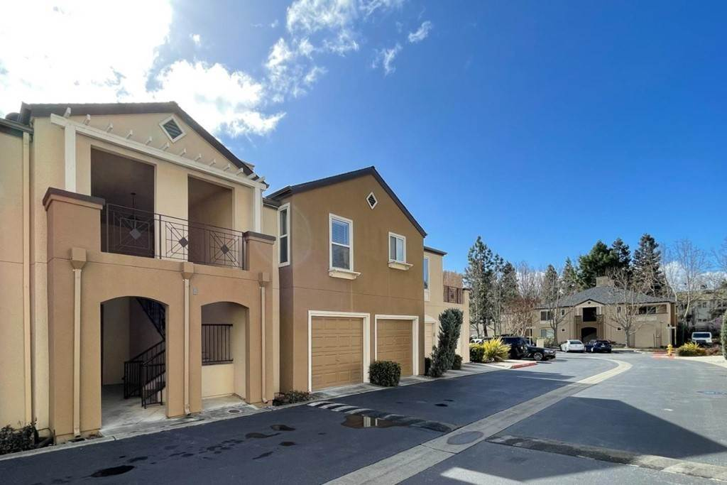11. Residential for Sale at Encore Way San Jose, California 95134 United States
