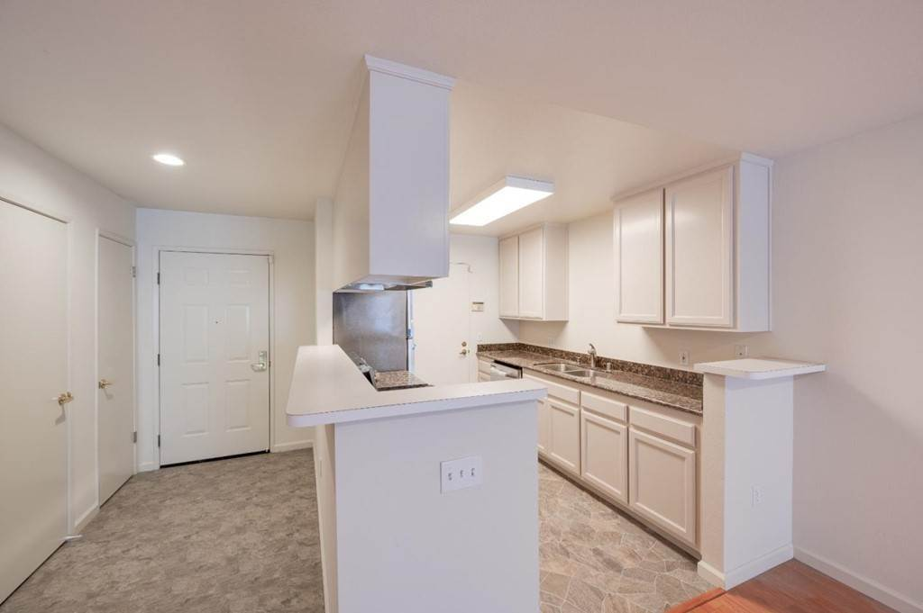 25. Residential for Sale at Encore Way San Jose, California 95134 United States