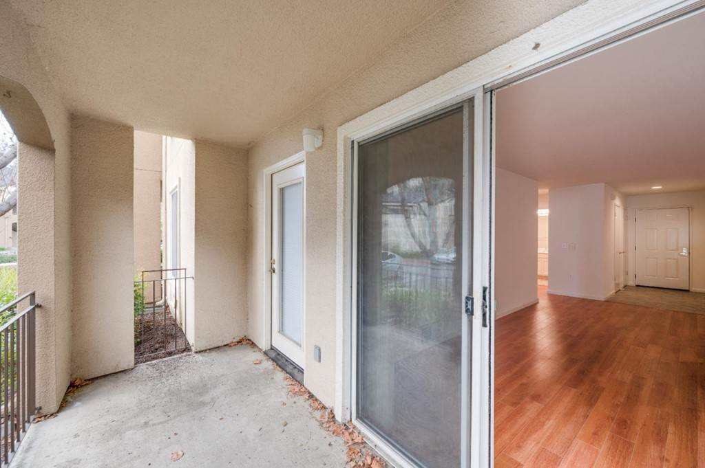 31. Residential for Sale at Encore Way San Jose, California 95134 United States