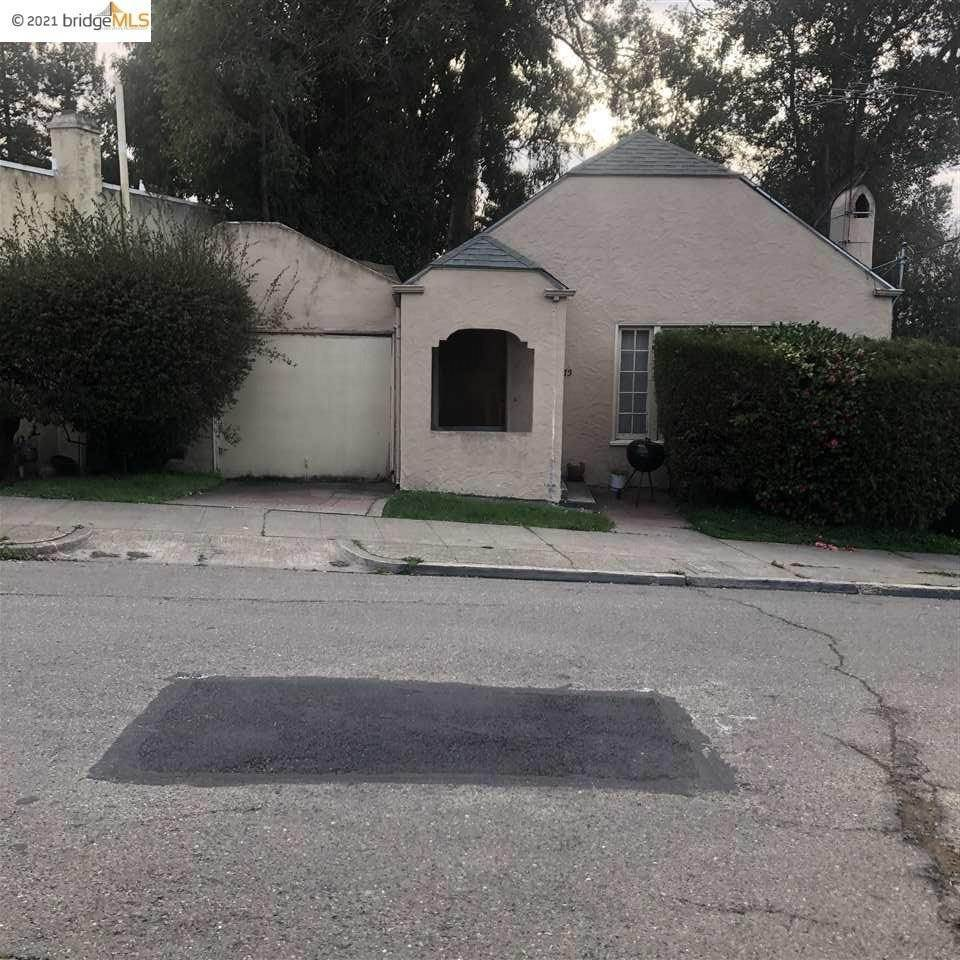 2. Residential for Sale at Waterhouse Rd Waterhouse Rd Oakland, California 94602 United States
