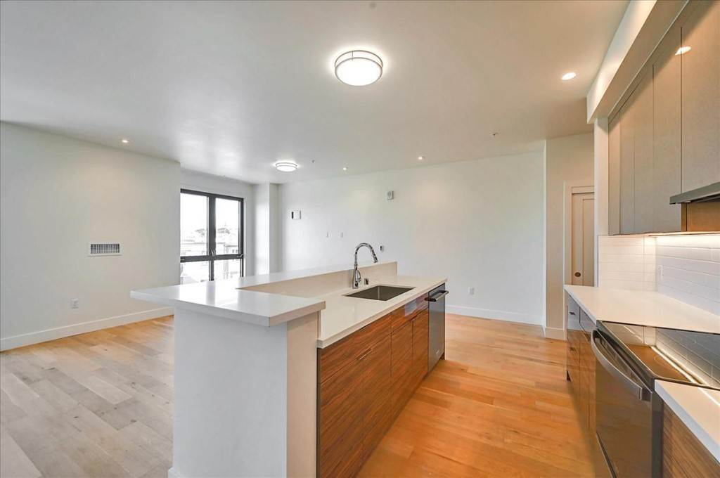 12. Residential for Sale at Wawona Street San Francisco, California 94116 United States