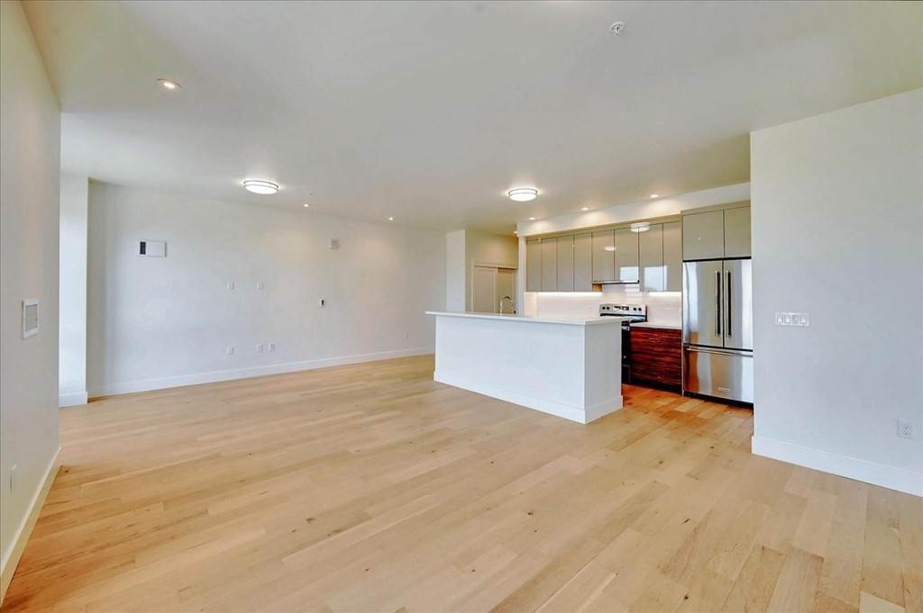 7. Residential for Sale at Wawona Street San Francisco, California 94116 United States