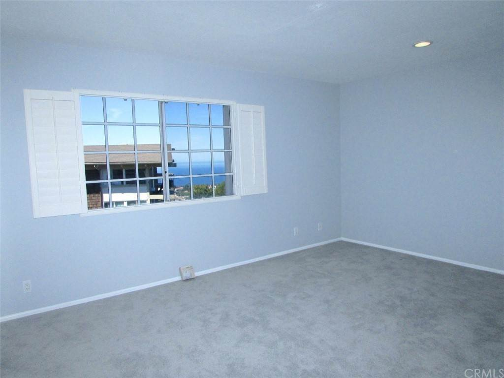 17. Residential for Sale at Island View Drive Rancho Palos Verdes, California 90275 United States