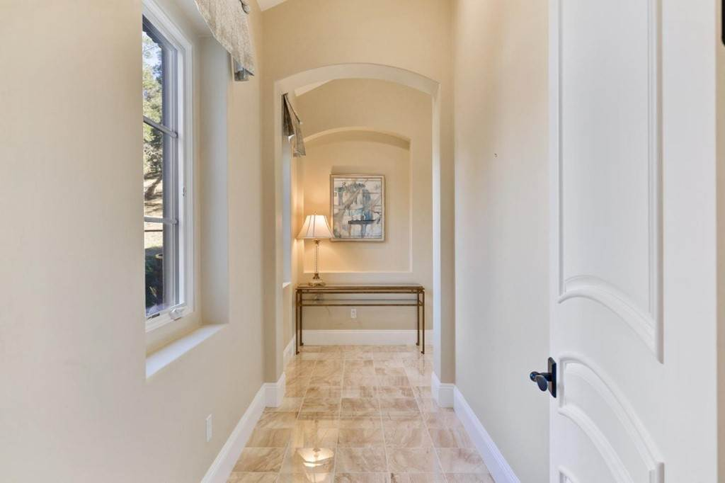 15. Residential for Sale at Shady Lane Los Gatos, California 95032 United States