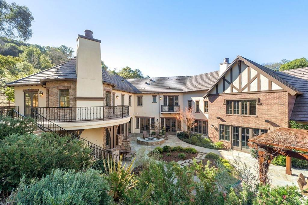 23. Residential for Sale at Shady Lane Los Gatos, California 95032 United States