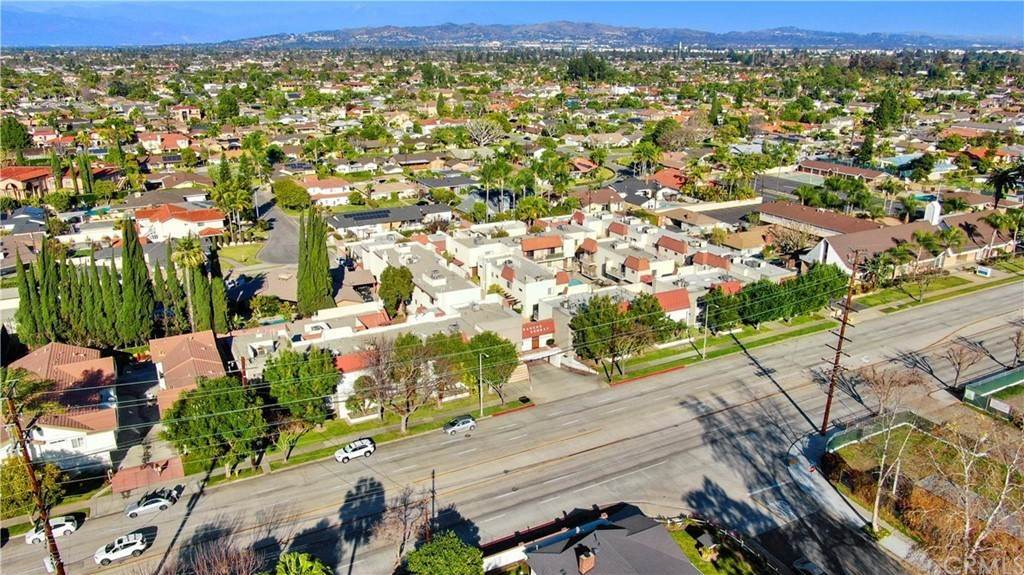 23. Residential for Sale at Florence Avenue Downey, California 90240 United States