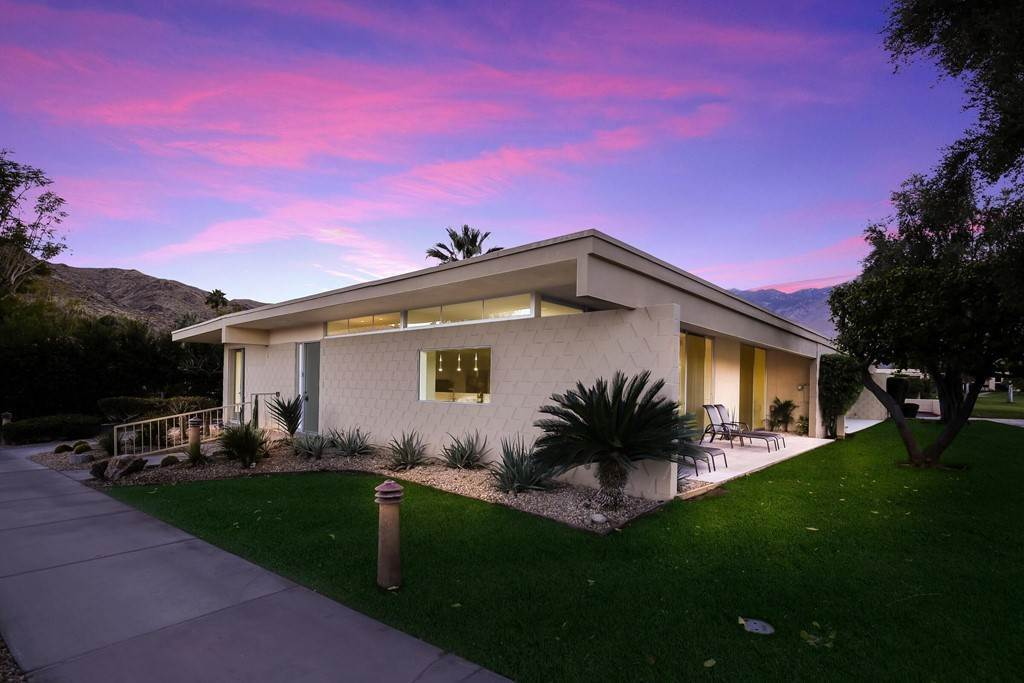 Residential for Sale at Desert Lakes Drive Palm Springs, California 92264 United States