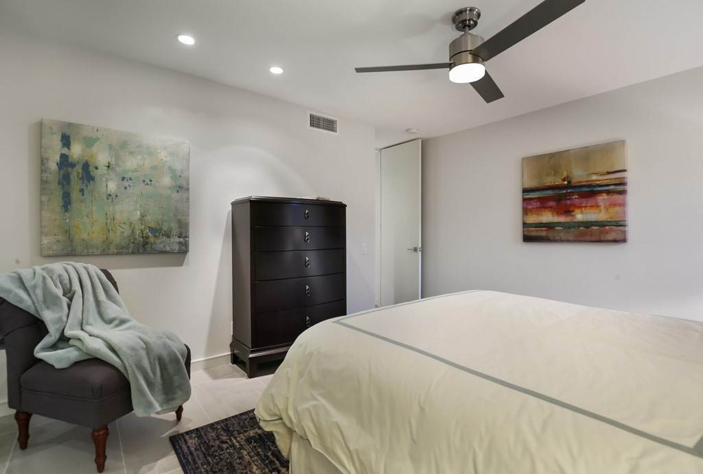 31. Residential for Sale at Desert Lakes Drive Palm Springs, California 92264 United States