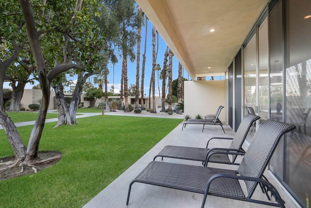 32. Residential for Sale at Desert Lakes Drive Palm Springs, California 92264 United States